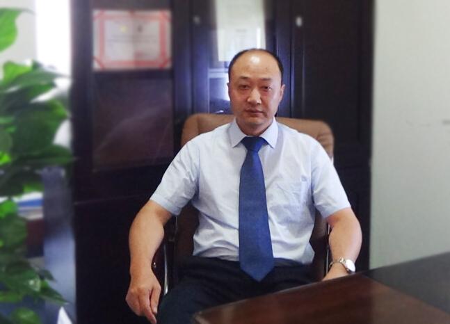 刘向阳:老年骨松性椎体压缩性骨折如何更好的治疗和康复