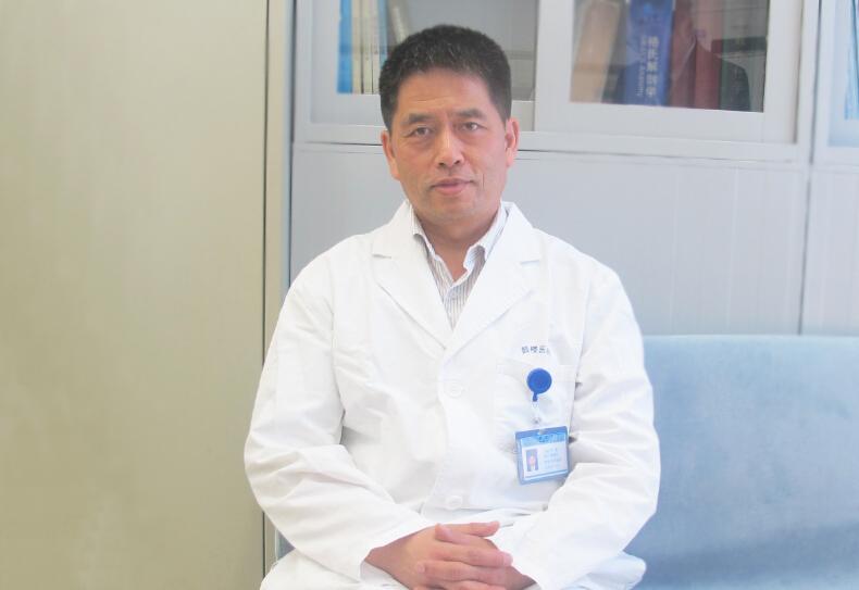 林建:不同情形下椎体成形术的临床操作注意事项