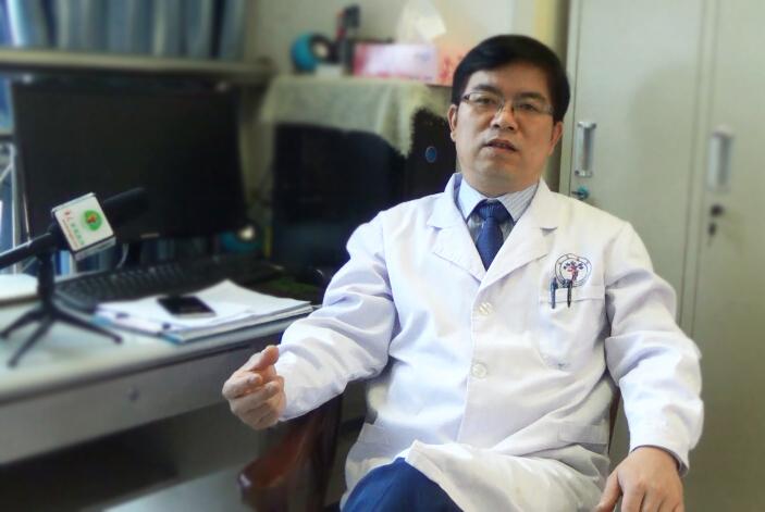 刘团江:高龄老人骨质疏松压缩性骨折治疗的要点